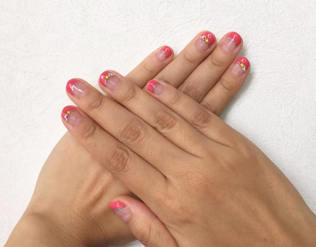セルフジェルネイル(ピンク系)