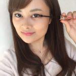 女神のマスカラ(megami no mascara)は小さめブラシで目尻も塗りやすい!睫毛一本残さず目力アップ!